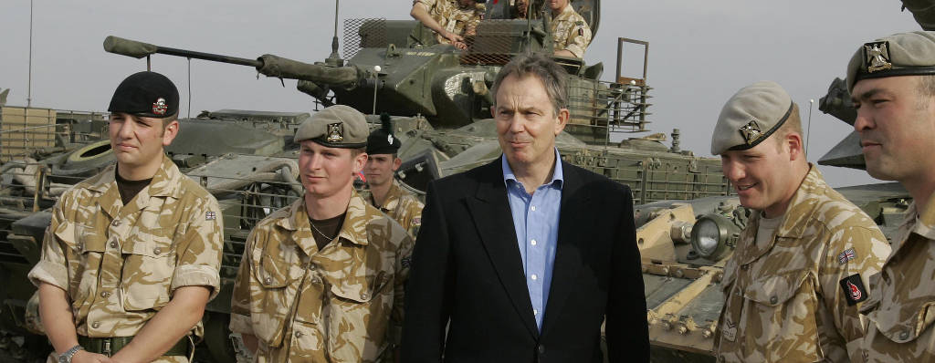Tony Blair with soldiers in Iraq